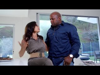 Зрелый межрасовый секс. Порно видео с Lisa Ann, Prince Yahshua - Смотреть порно, секс видео. [Зрелые Женщины, Межрасовый Секс, H
