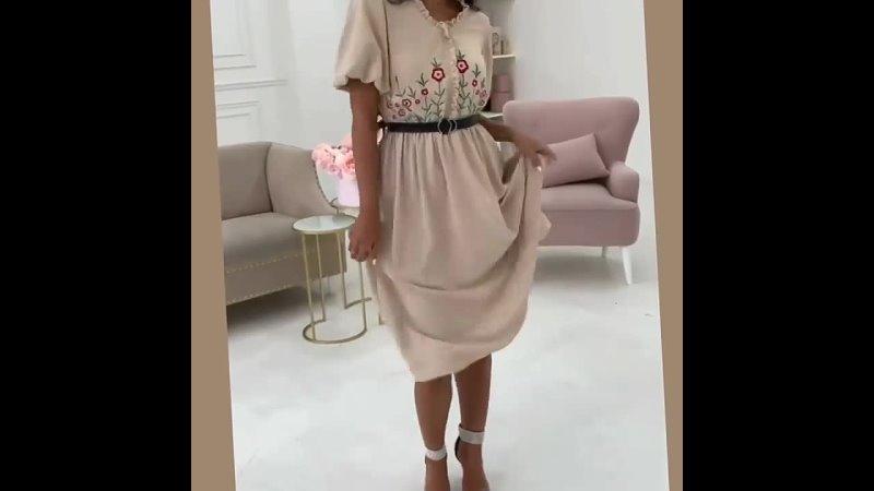 🤍Женственный фасон этого платья отделан вышитыми элементами🌸🌸🌸👉🏻Искусная вышивка добавила платью красивый акцент и оживила нар