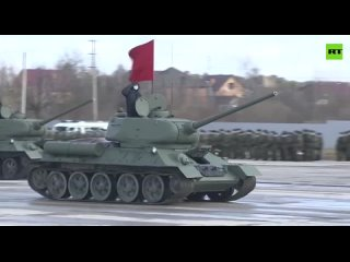 В подмосковном Алабине сегодня прошла ещё одна тренировка войск перед парадом Победы 9 Мая.