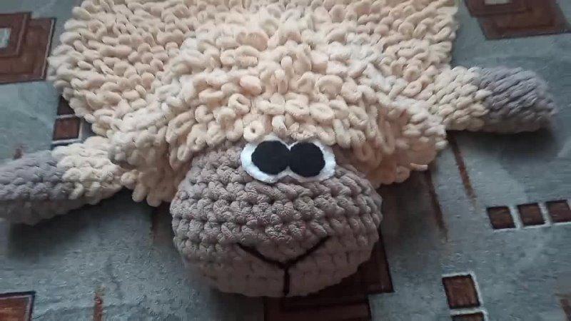 Вязанный барашек Свен