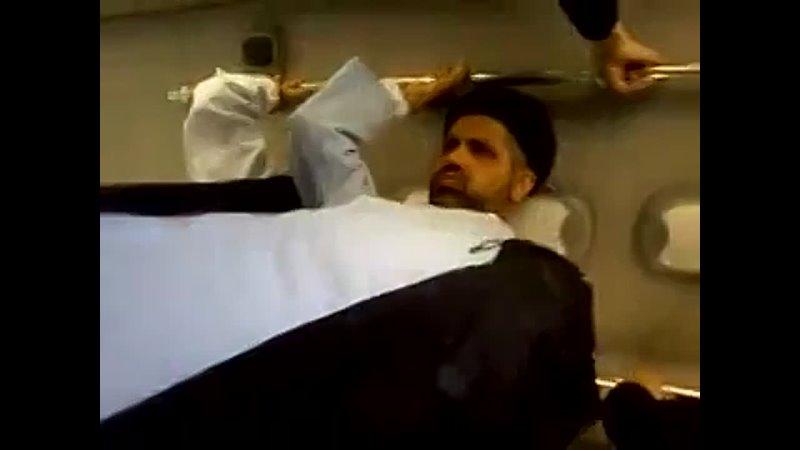 Иран аллахнутый извращенец мулла в транспорте трётся об женщину