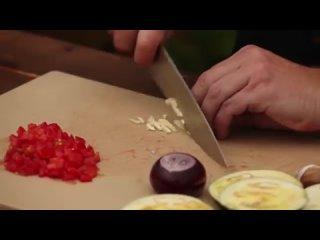 Баклажаны по-сицилийски на мангале с томатной сальсой и козьим сыром _ Гриль