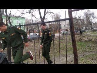 Школа 45 города Курска ...Когда вроде бы убрали спиленные деревья..