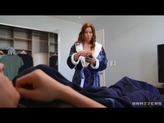 Alexis Fawx - Cleaning The College Guys Cock (MILF, Big Tits, Big Ass, Blowjob,
