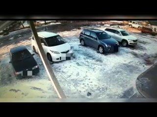 Житель Тверской области угнал автомобиль на виду у прохожих
