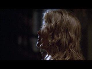 Конец света в нашей супружеской постели однажды дождливой ночью 1978. реж. Л. Вертмюллер