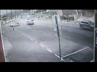 в 7: 50 момент ДТП по ул. Сипягина.