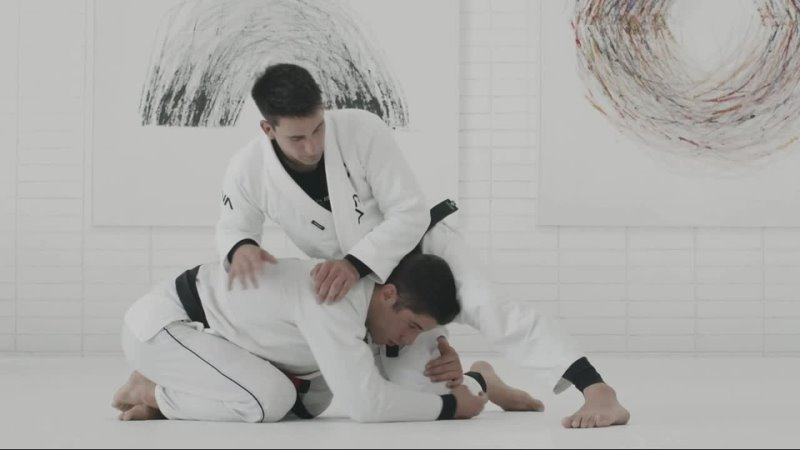 GUI MENDES 3 COLLAR CHOKE FROM FRONT HEADLOCK POSITION