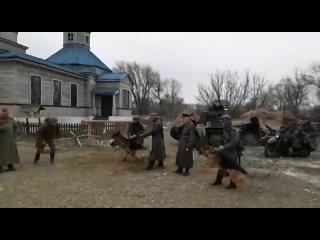 Атаман станицы Холмской Олег Зацепилин побывал в городе Батайске Ростовской области, где принял участие в съёмках военно-патриот