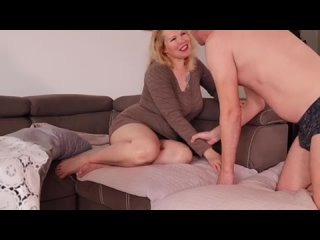 Big Ass Milf is Bored of Watching News. She Wants Get Fucked -