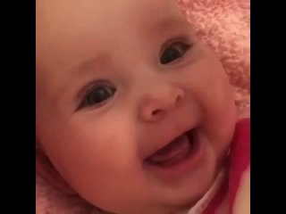 Дай Бог чтобы все дети так улыбались и росли в любви и заботе!