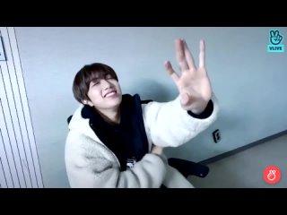 210313 VLIVE wonjin singing let it go