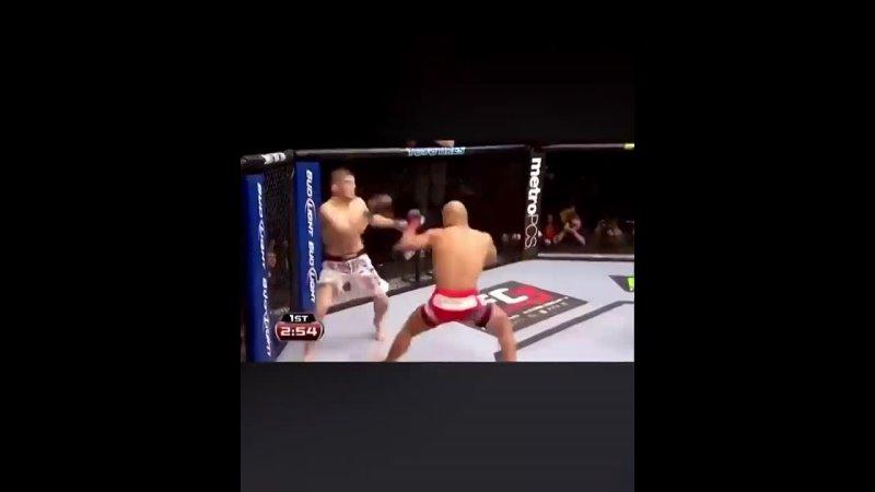 Ударка, которая ломала карьеры. UFC лишился великого панчера