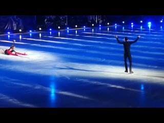 отрывок выступления чемпионов мира Анастасии Мишиной и Александра Галлямова