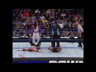 Day In History: 8th November, 2001 - Lita & Jeff Hardy vs Ivory & Lance Storm