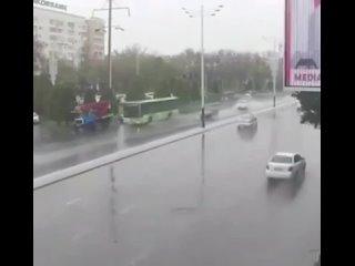 В Ташкенте «гонщик» вылетел на встречку и устроил смертельное ДТПИнцидент произошёл 27 марта в Ташкенте. Водитель «Chevrolet C