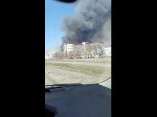 Крупный пожар за маяком