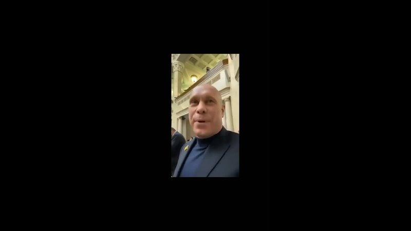 Илья Кива чихвостит гомосексуалиста-бандеровца Гончеренко и не теряет оптимизм