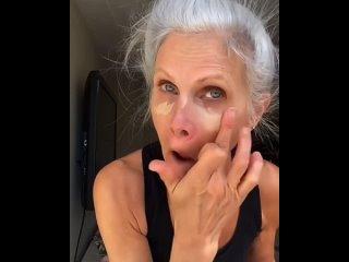 У каждого возраста свой макияж.С возрастом наше лицо начинает меняться. И уже после 50 необходимо точно знать, как и какой маки