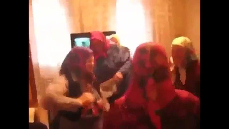 Движуха на хате хорошее настроение юмор забавное домашнее видео бабушки вписка классная вечеринка красотки не замужем