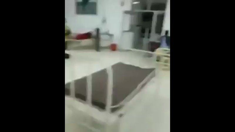 Man films inside Indian hospital, showing it seemingly empty, contrary to what the MSM are portraying