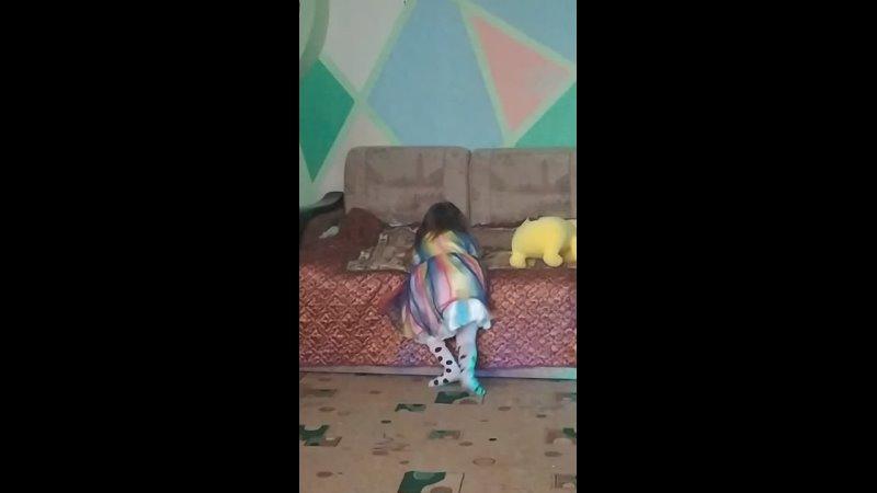 Василиса танцует Апрель 2021