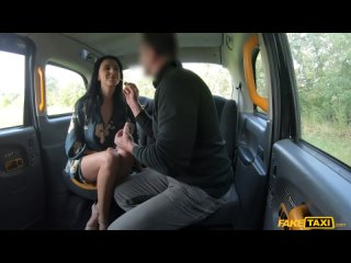 Alyssa Bounty (First Time Anal Before Wedding) [2021, Anal, Taxi/Car, 1080p]