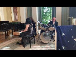 """Песня группы Nightwish """"Sleeping sun"""". Ксюша Небогина. Аккомпанирует преподаватель Ольга Шерепа."""