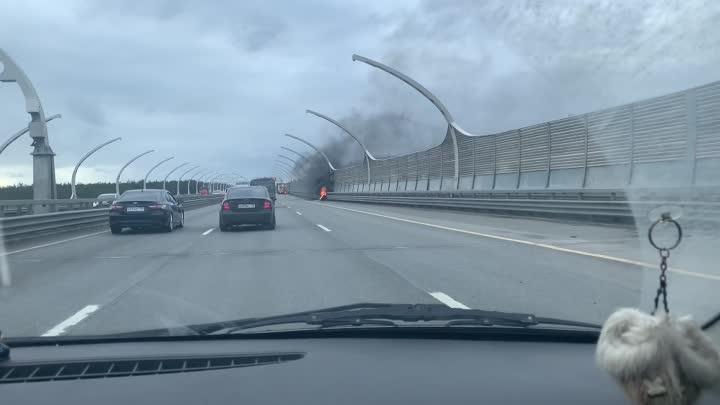 Пожар на ЗСД! Горит колесо в сторону КАД север.