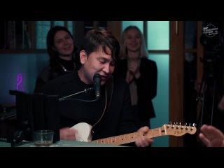 Азамат Мусагалиев - Чё-то (А ты голая танцуй)