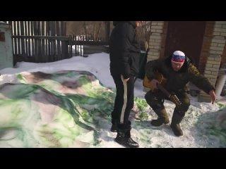[Красавица и Чудовище ОФИЦИАЛЬНЫЙ КАНАЛ] Сундук учит москвича быть пацаном. Реакция полицейского на ПОЙДЕМ ОТОЙДЕМ. Сундук орет