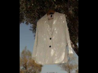 Офис или театр? Куда бы вы надели костюм из летней коллекции ?Жилет: (арт. )Жакет: (арт.