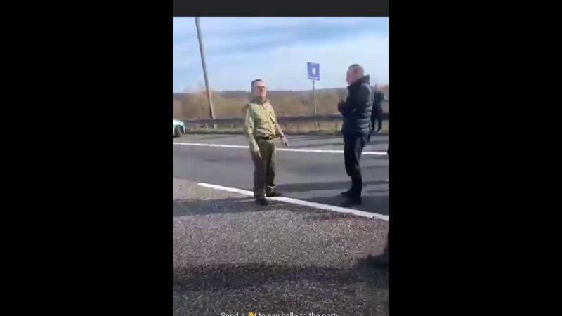 Поляки не пропускают литовские грузовики.Начался бунт! Приехал капитан погранзоны! 2020-03-16