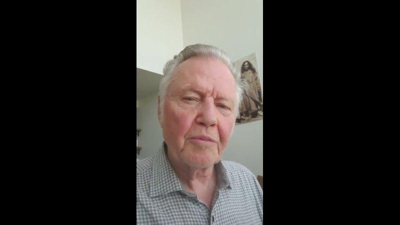 Отец Анджелины Джоли актёр Джон Войт о Трампе