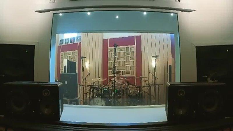 Vildhjarta Recording Drums 3