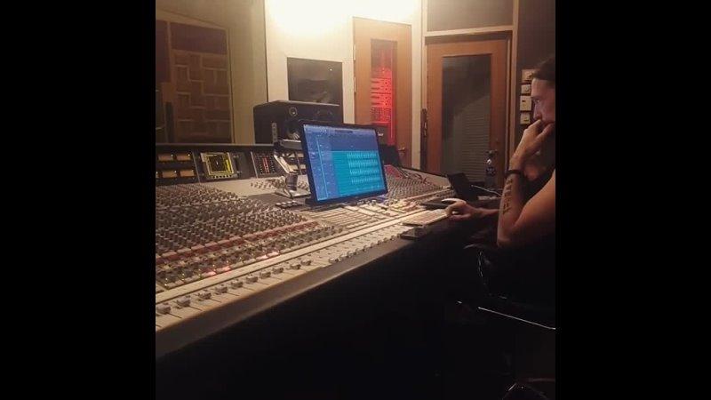 Vildhjarta Recording Drums 4