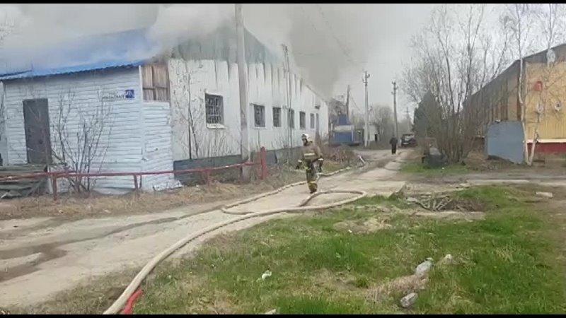 В Нягани крупный пожар на ул Уральской