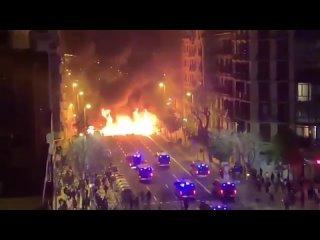 Бунт протестующих в Испании Микро-блог ценителя истории.mp4