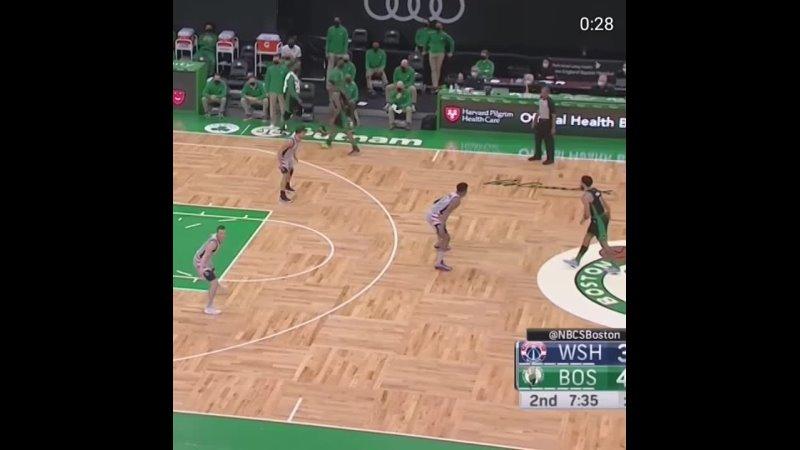 Jayson Tatum Monster dunk
