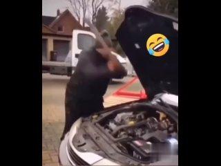 авто-мастер по диагностике!!! поломки выявляет с первого удара)))