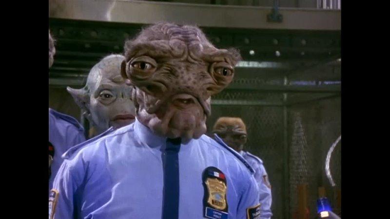 Космический полицейский участок Сериал 4 6 Серии