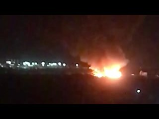 Крупный пожар заметили в Петербурге