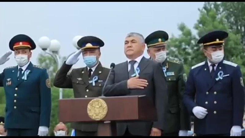 Узбекистан Генералы долго не могли решить каким образом лучше будет выразить уважение ветеранам