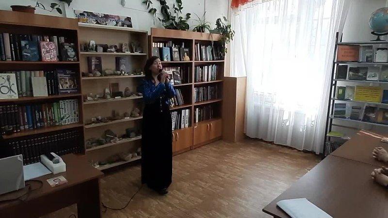 Анна Осинцева исполняет песню Самба Белого Мотылька на слова и музыку К Меладзе
