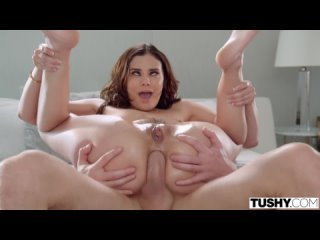 Enorme Latina-Beute von Violet Starr in Hardcore-Doggystyle-Action