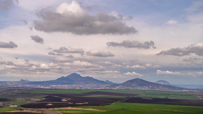 Вид на Пятигорск с Золотого кургана