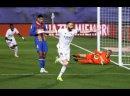 Реал оказался сильнее Барселоны в Эль-Классико и возглавил Ла-Лигу.