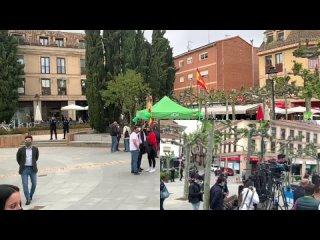 VOX · Previa mitin patriota de Las Rozas con Santiago Abascal y Patricia Rueda (22 abril 2021)