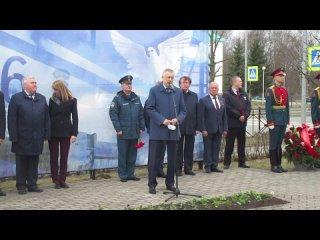 Выступление Александра Дрозденко на митинге в память об аварии на Чернобыльской АЭС