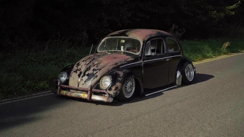 Nick Holroyds 1957 VW Beetl ¦ Perfect Stance